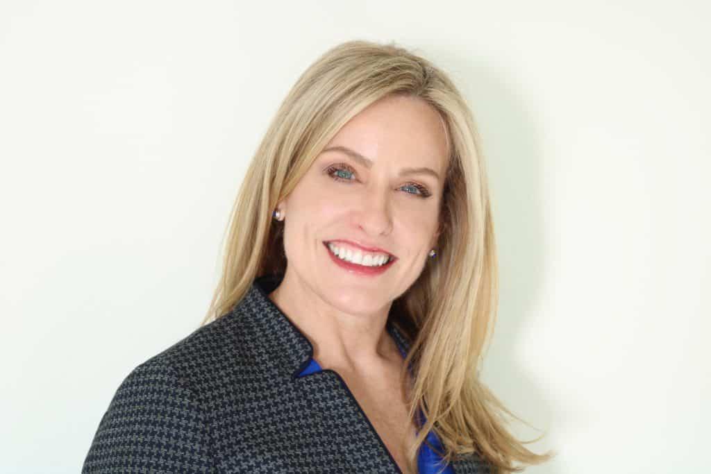 Headshot Christine Jan 2020